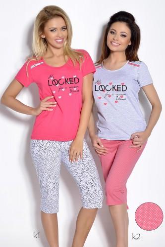 Розовая футболка и белые бриджи Olimpia XL