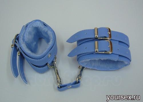 Наручники голубые TWO с мехом винил