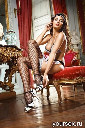 Чулки Baci Lingerie Shiny French Maid высокие в крупную сетку черные, 42-46