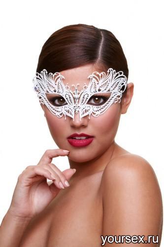 Маска Baci Lingerie со Стразами Masq Snow Queen белая