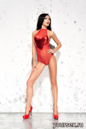 Красное боди Emma L/XL