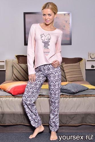 Розовая футболка с длинным рукавом и серые штаны Daga XL