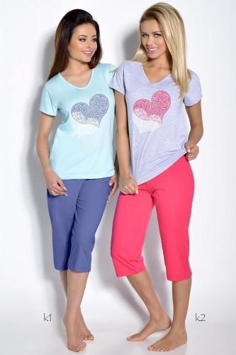Серая футболка и розовые бриджи Sylwia S